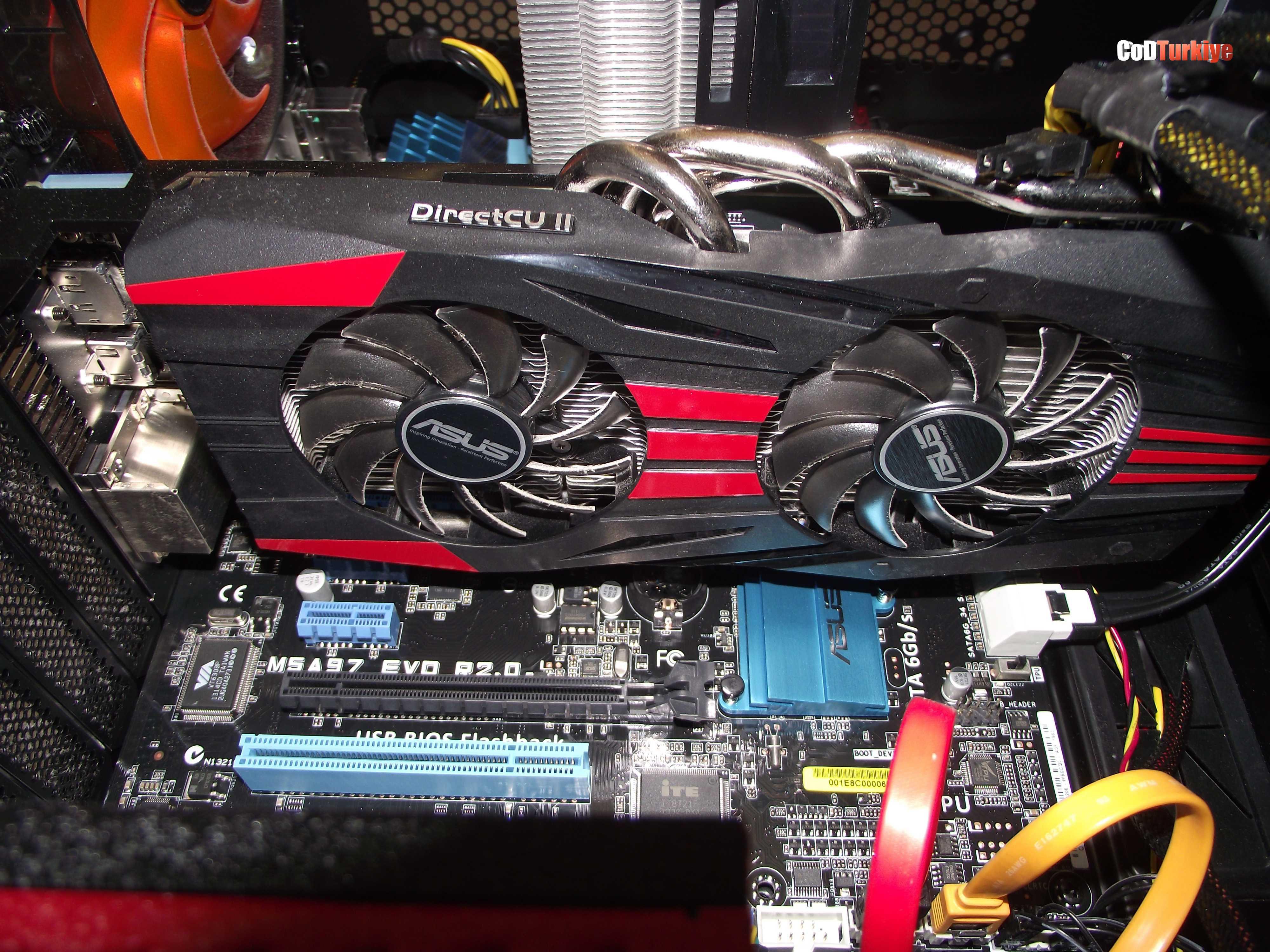 AMD R9-270X DirectCU II Ekran Kartı